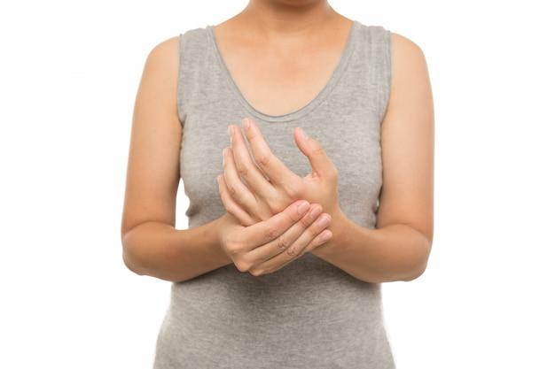 Femme mains douleur sur fond blanc