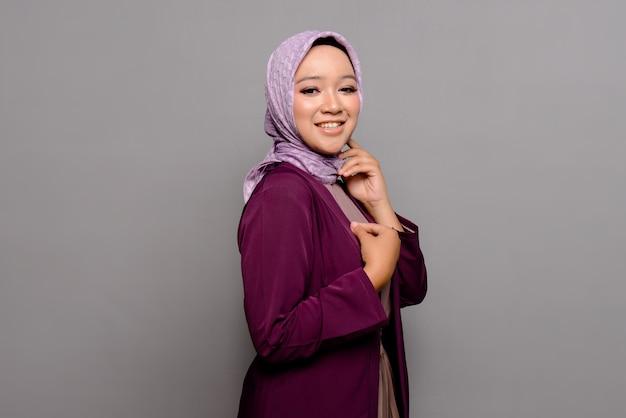 Femme musulmane asiatique avec hijab