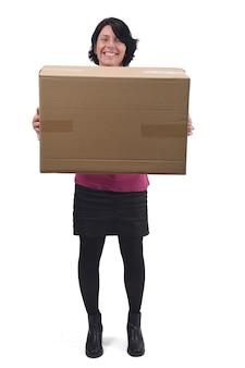 Femme avec paquet sur fond blanc