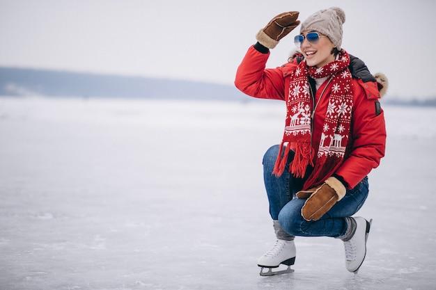Femme, patinoire, à, les, lac