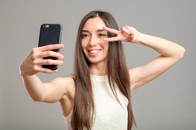 Femme, prendre, selfie