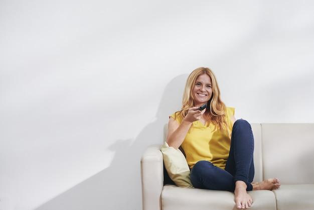 Femme, regarder, tv, séries