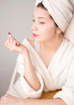 Femme, rouge, rouge lèvres