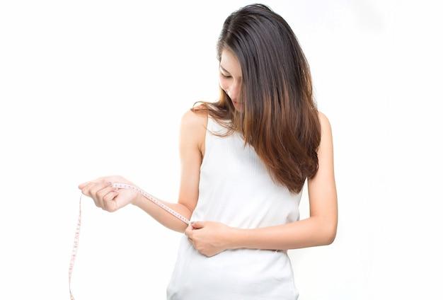 Femme taille miroir de régime majeur