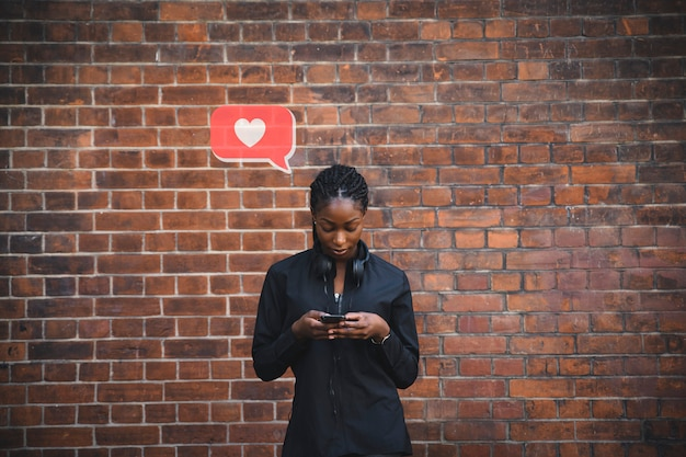 Femme, textos, coeur