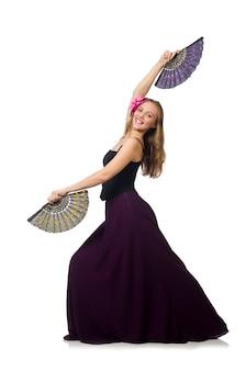 Femme avec ventilateur dansant isolé