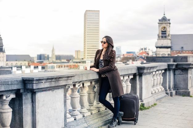 Femme voyageant seule