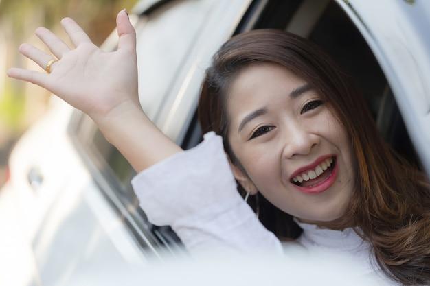 Femmes asiatiques en âge de travailler