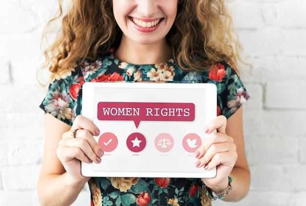 Femmes droits égalité opportunités équité féminisme concept