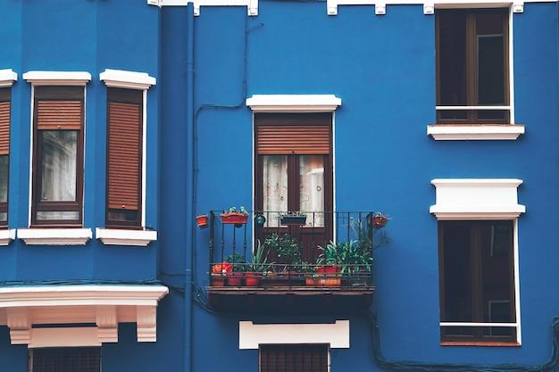 Fenêtre dans la maison