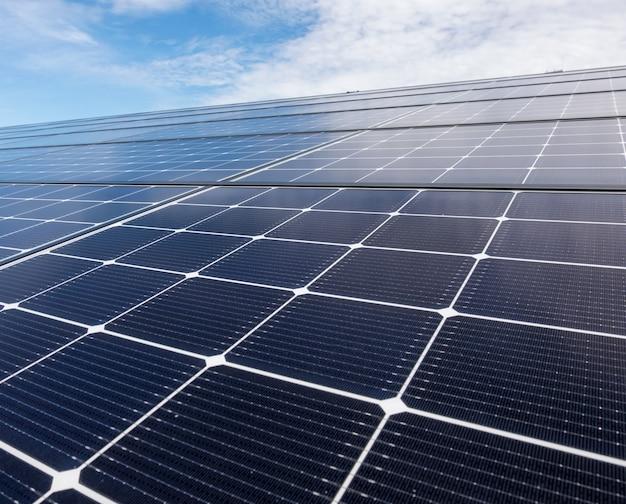Fermer le toit solaire