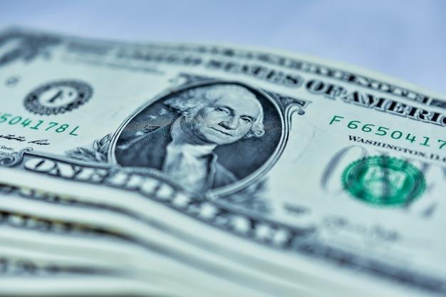 Fermez le billet de banque en dollars américains