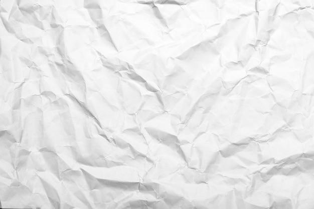 Ferraille de papier blanc froissé pour le fond et la texture
