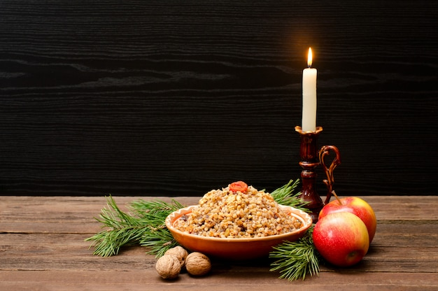 Festin de noël traditionnel slut kutia la veille de noël