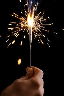 Le festival de diwali des cierges brûlants. célébrer diwali en inde.