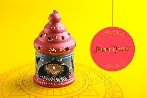 Festival indien diwali, belle lampe à huile en argile pour la célébration de diwali, festival des lumières