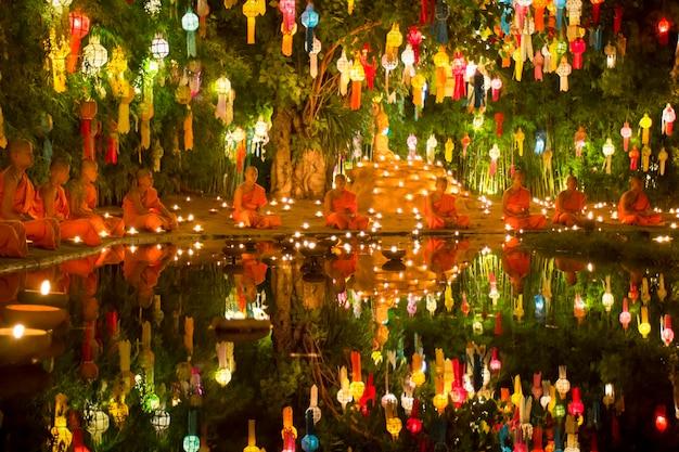 Festival yee-peng en thaïlande