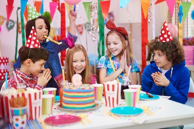 Fête d'anniversaire avec les meilleurs amis