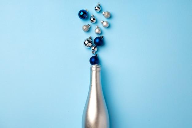 Fête avec bouteille de champagne et confettis