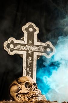 Fête d'halloween avec des ornements fantasmagoriques