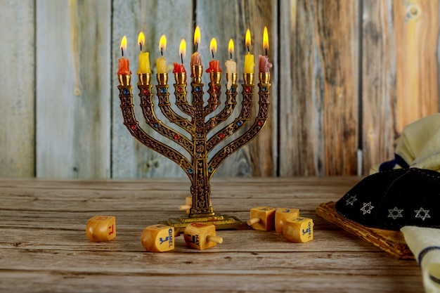 Fête juive hanoukka symboles menorah