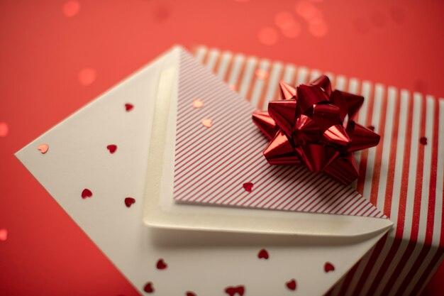 Fête des mères. la saint valentin. symbole de l'amour saint valentin rouge.
