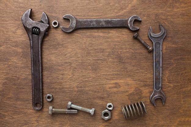 Fête des pères avec cadre d'outils