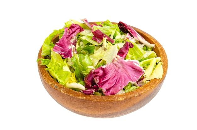 Feuilles colorées de différentes salades régime alimentaire sain