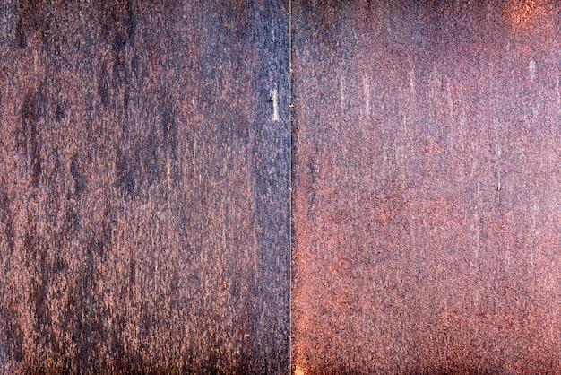Feuilleté en acier galvanisé rouillé