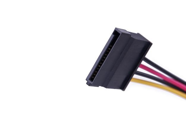 Fiche d'alimentation serial ata sata pour le matériel sur un blanc. interface de transfert de données sata