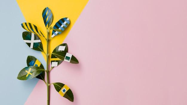 Ficus peint avec un fond d'espace de copie rose