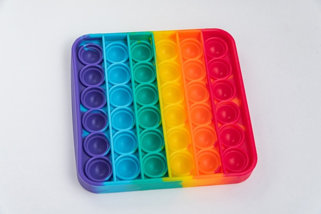 Fidget pop it toy couleur arc-en-ciel - antistress, amusant et éducatif
