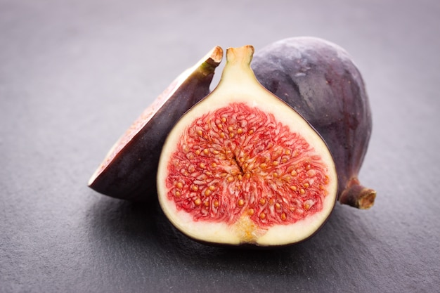 Fig coupé en deux