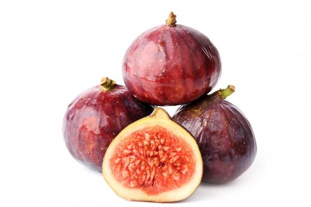 Figues fruits isolés en tranches
