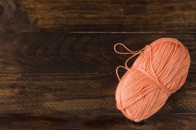 Fil de laine de bobine