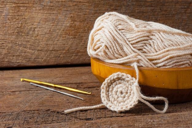 Fil de laine à tricoter