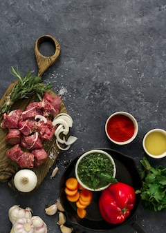 Filet de boeuf tranché aux légumes