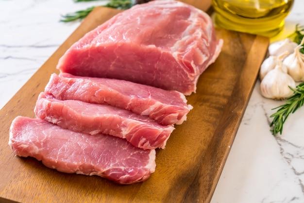 Filet cru de porc frais
