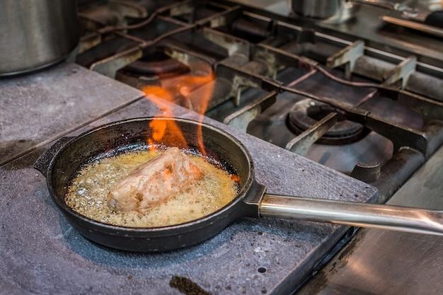 Filet de porc cuit à la poêle