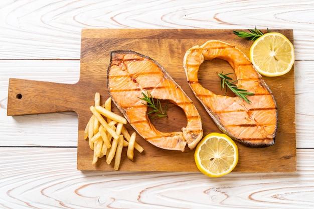 Filet de saumon grillé