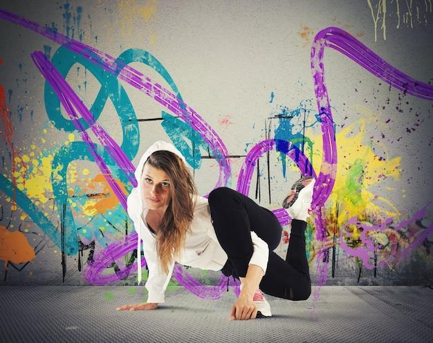 Fille de breakdance