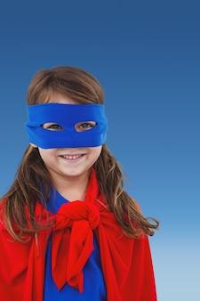 Fille déguisé super-héroïne