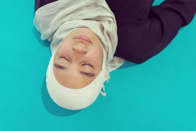 Fille en hijab