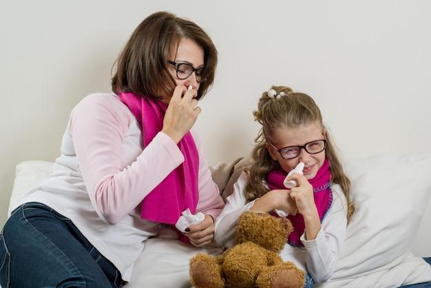 Fille et mère malade