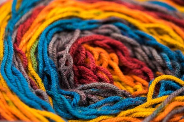 Fils multicolores