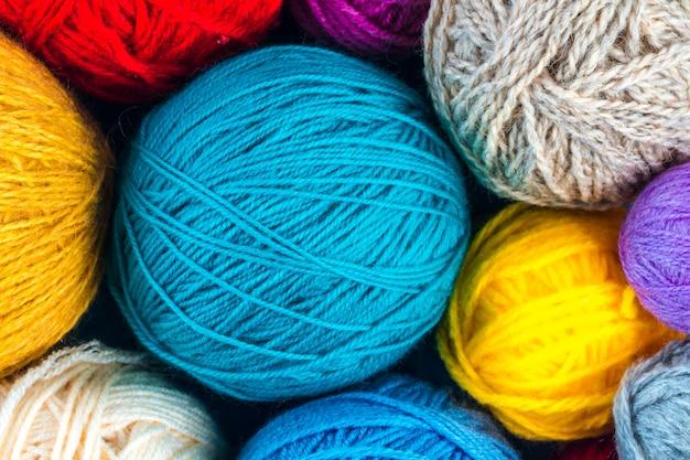 Fils pour fond de tricot
