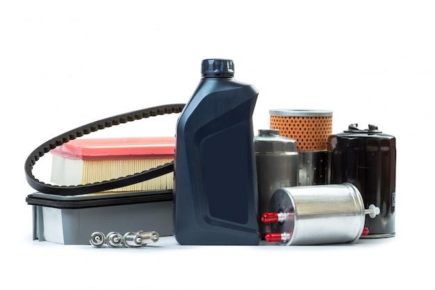 Filtres à huile de voiture et bidon d'huile moteur