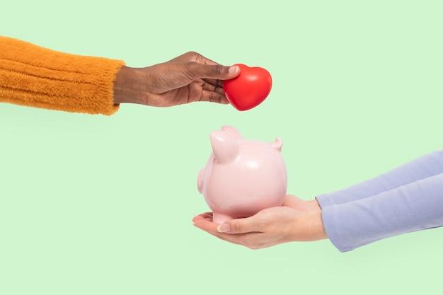 Financement de tirelire dans le concept d'épargne