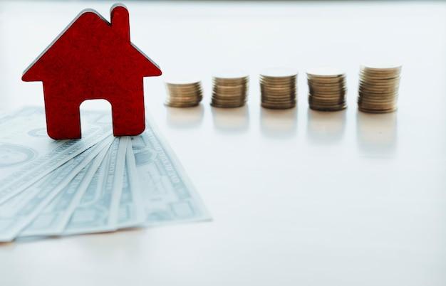 Finances et banque sur la notion de maison.