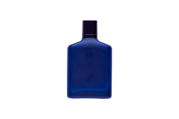Un flacon de parfum de luxe isolé sur fond blanc